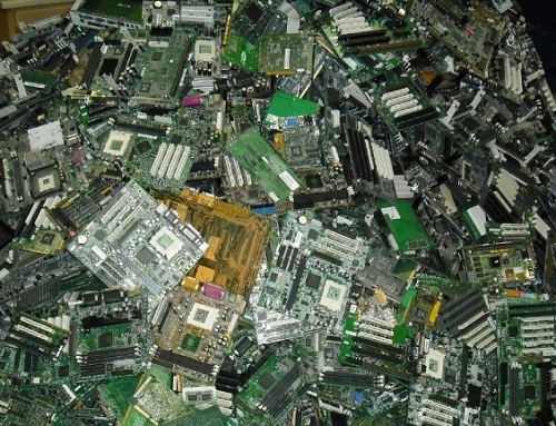 Dissolvable circuit board, chips to diminish e-waste